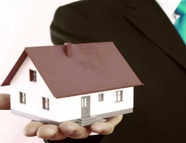 What top keep in mind to become a real estate agent