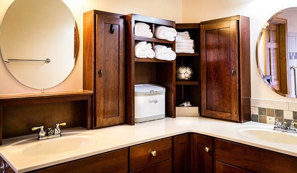 Lack of storage in the washroom