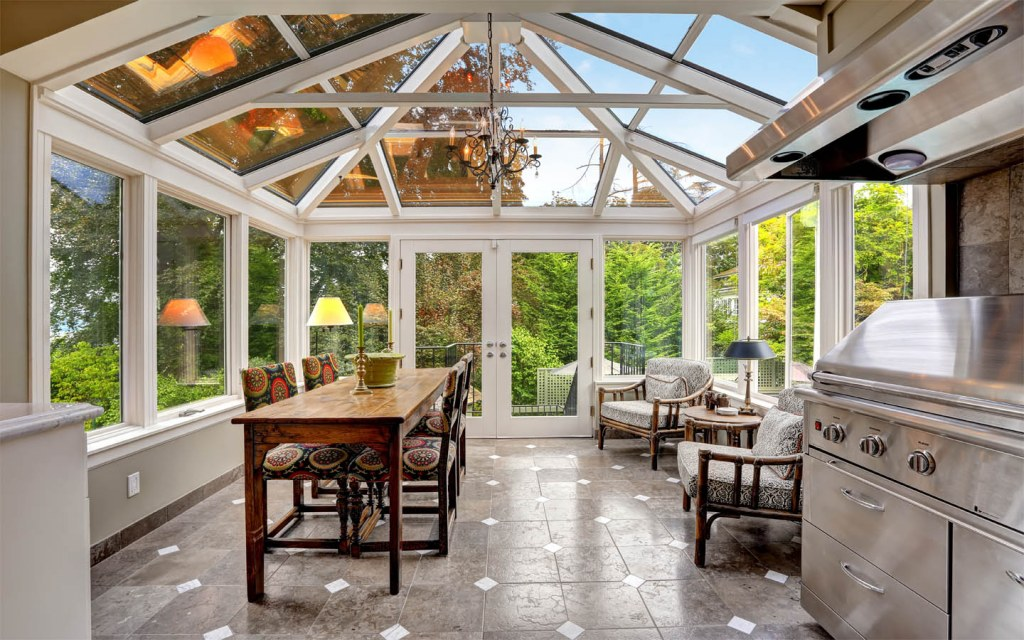 Enjoy a sunfilled living space with a glass roof