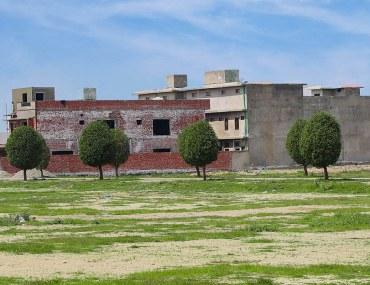 Plot for sale in Grand Avenue Housing Scheme Lahore