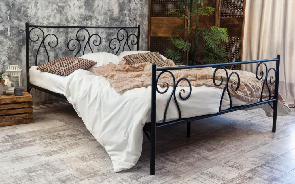 Wrought-Iron Bed