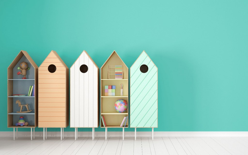 Colourful DIY birdhouse bookshelves