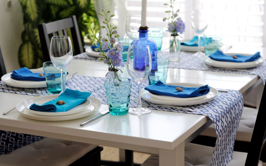 Blue table setting modern dining room
