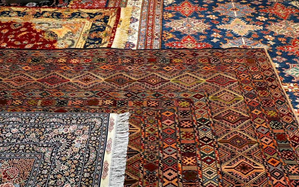 Carpet is a very famous handmade item of Pakistan