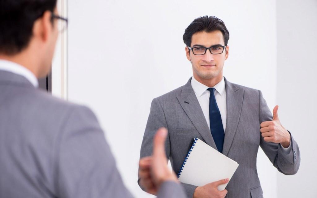 Practice Public Speaking in Mirror