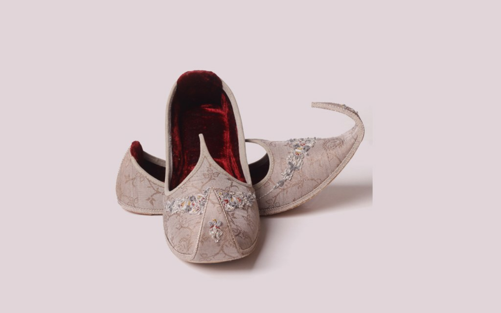 Khussa is a traditional footwear of Pakistan