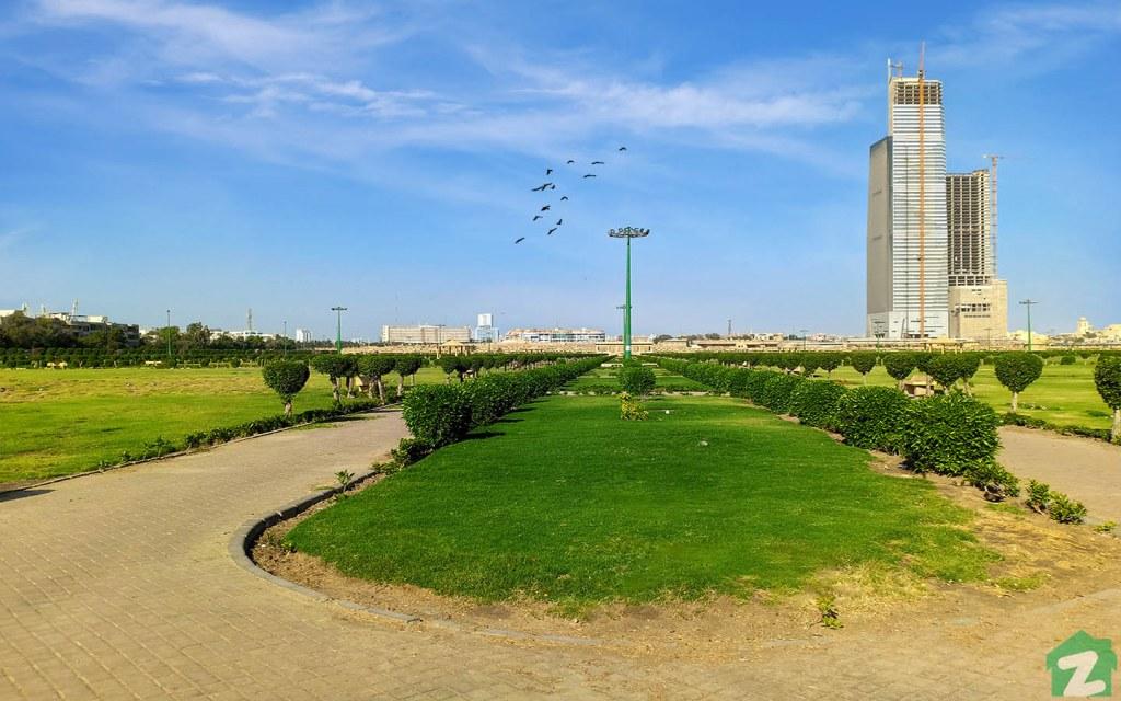Ibn-e-Qasim Park is a the largest park in Karachi