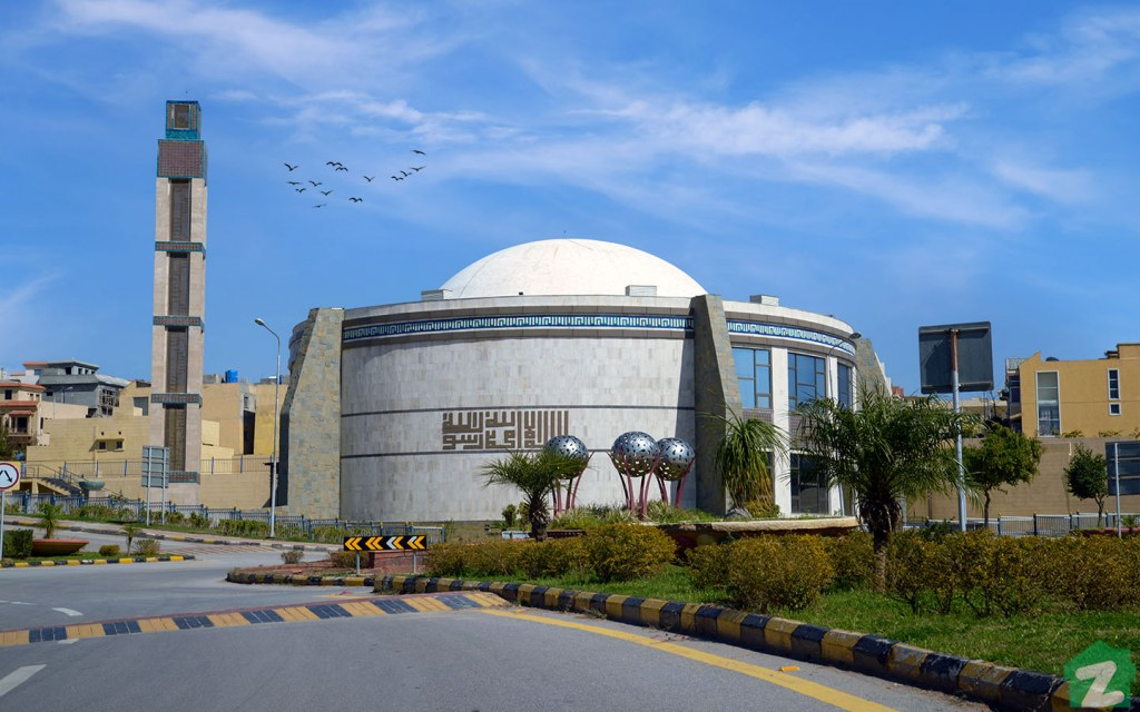The Jamia Masjid is located in Phase 8 of Bahria Town Islamabad