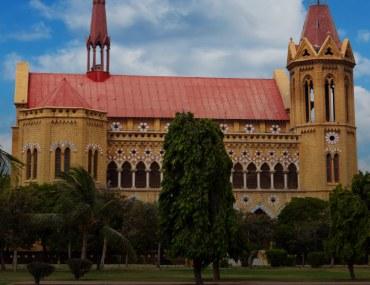 historical buildings in Karachi