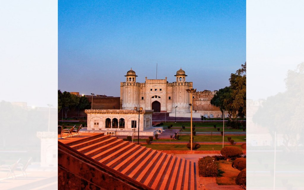 Lahore Fort is a masterpiece of Mughal architecture