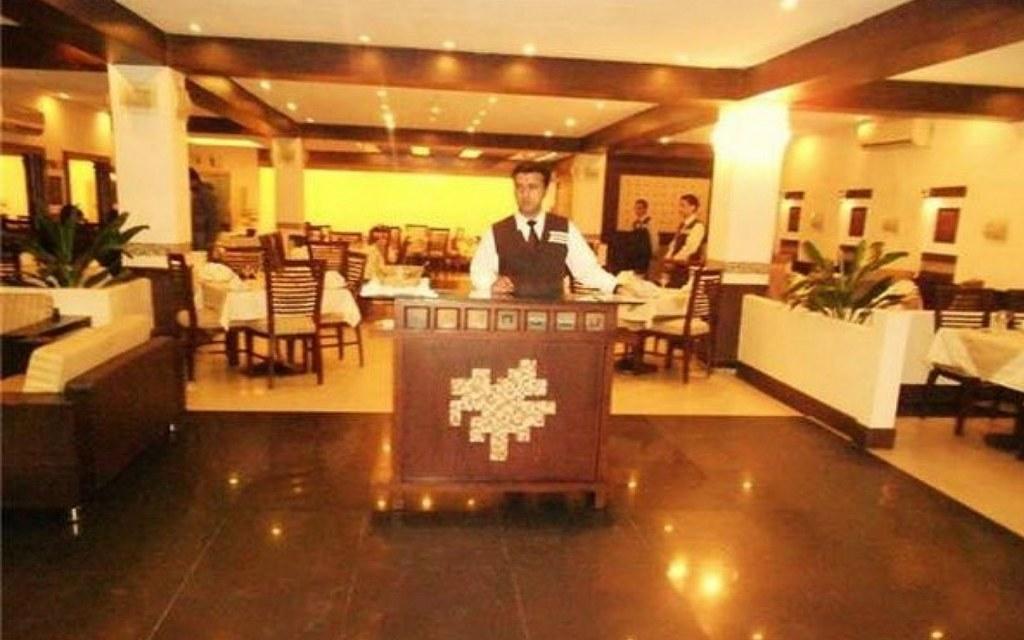 Xiwang offers a versatile menu