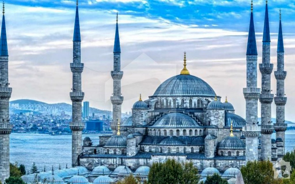 Blue Mosque is one of the most mosques in the world