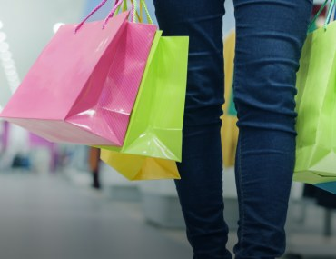 comparison of the best shopping malls in lahore