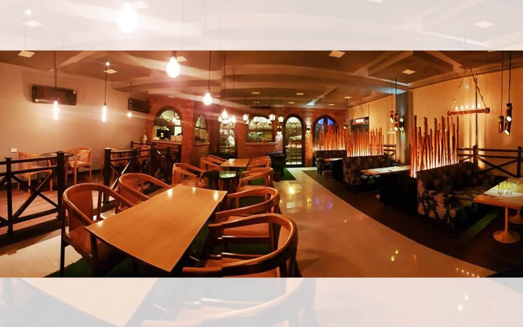 good places to eat in Bahria Town Lahore