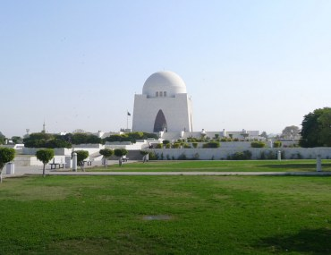places to visit in Karachi with family