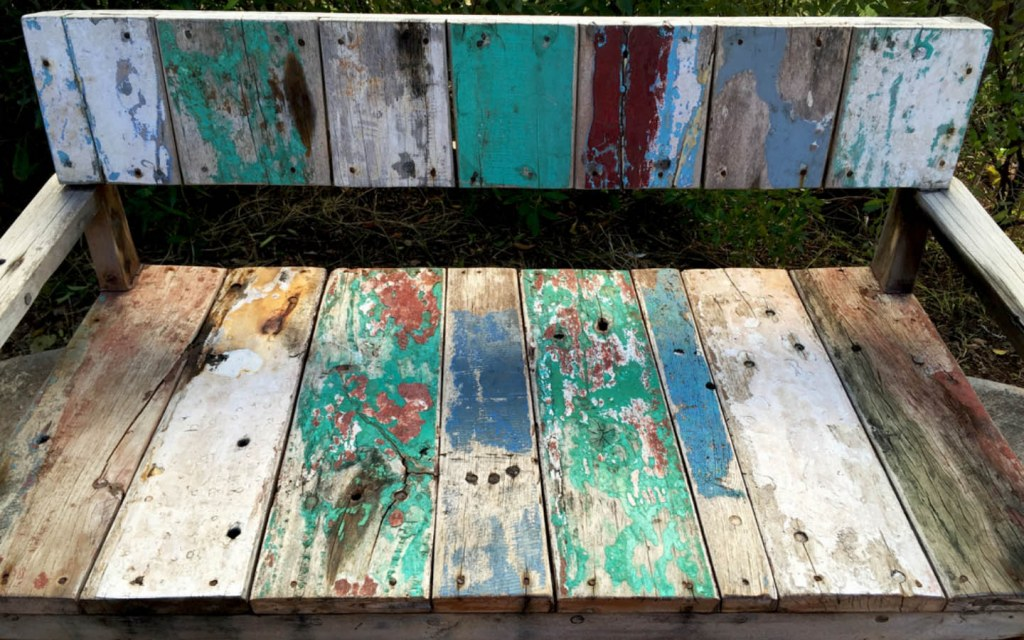 It is the right time to bring distressed and chippy furniture