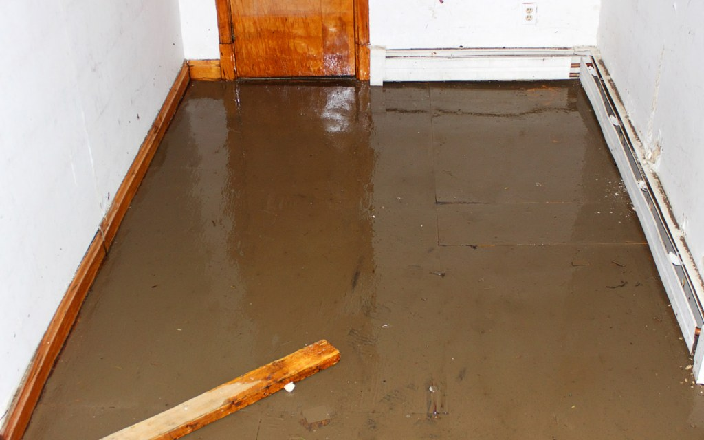 Building a basement ensures that the best materials are used to avoid accidental flooding