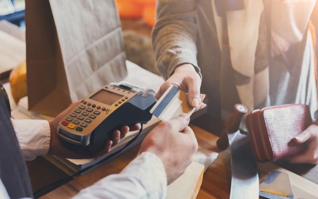 furniture shopping through credit card