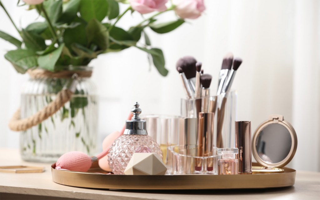 Designing a vanity for your makeup and jewellery is easy if you keep the essentials in mind