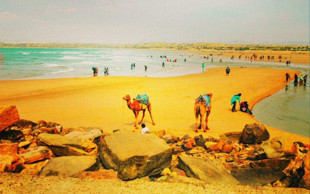 amusement activities in gadani beach