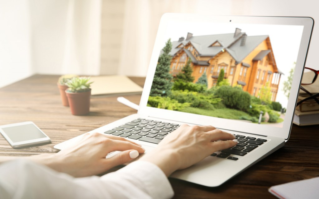 One of the tips for selling a home is to list it online on a property portal