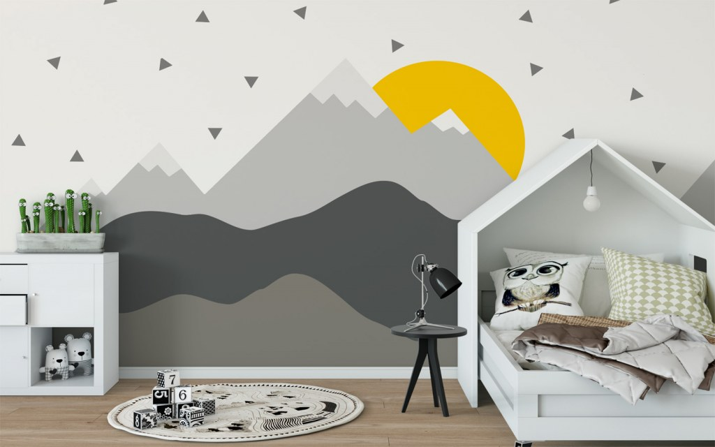opt for a suitable wall art for your kids' bedroom