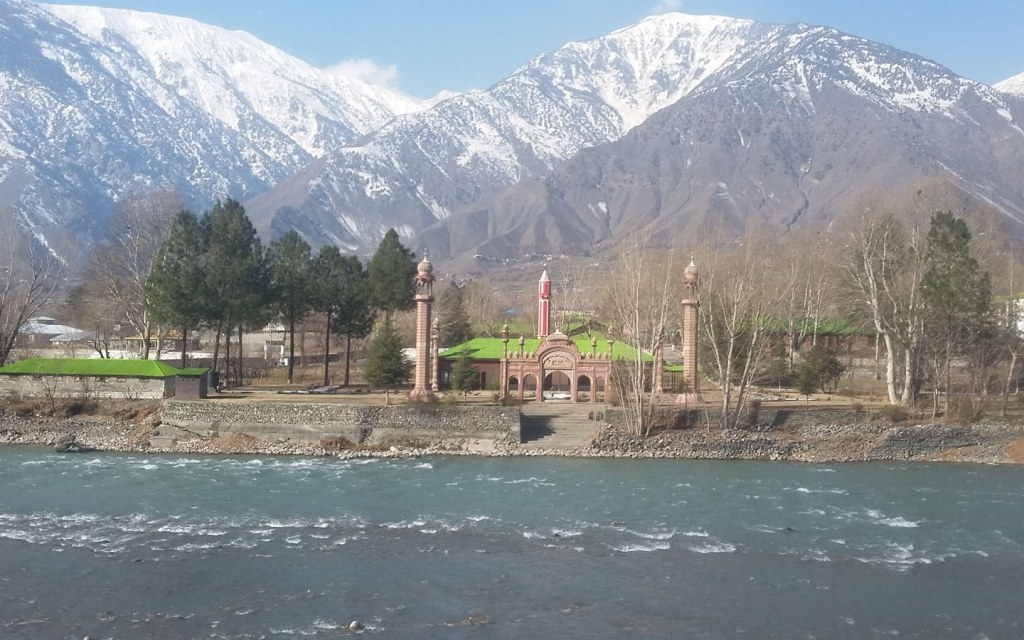 best places to visit during winters in the northern Pakistan