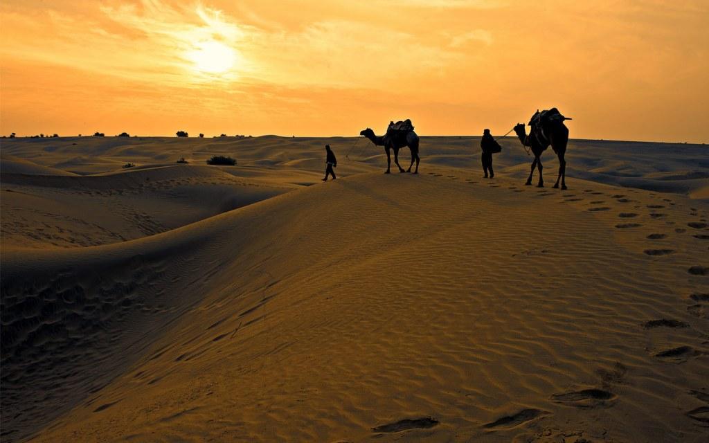 deserts make 10 percent of pakistan's total land