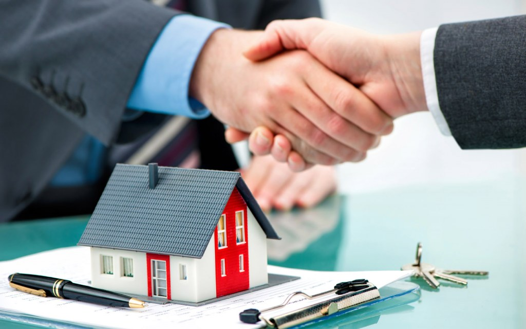 buying and selling property in Pakistan