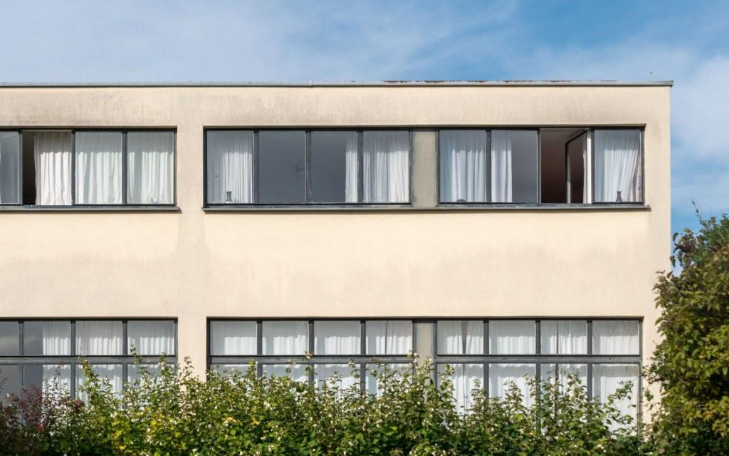 International style building design