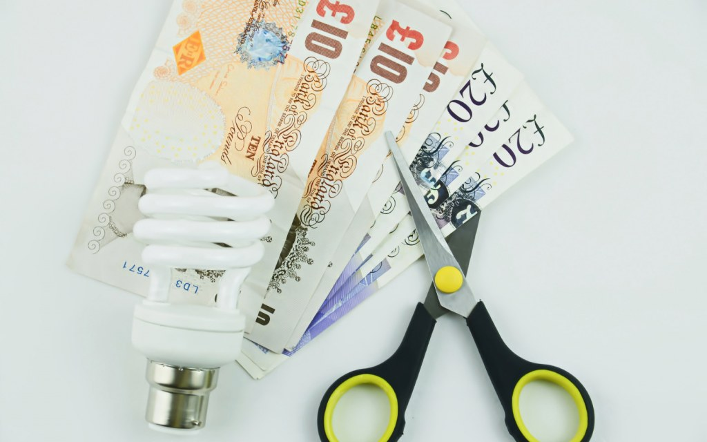 false ceilings ensure a reduction in energy bills