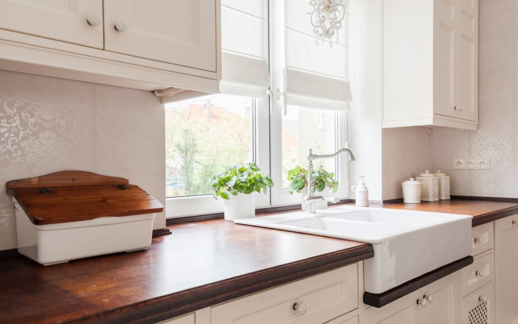 Ceramic sink option for your kitchen