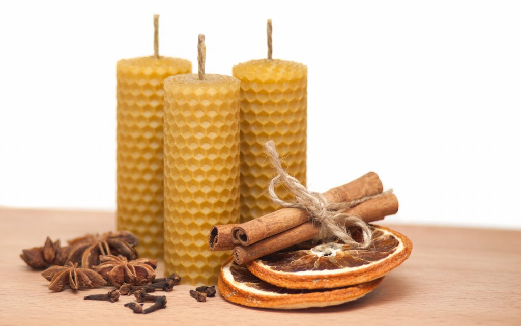 Purify the air using beeswax candles