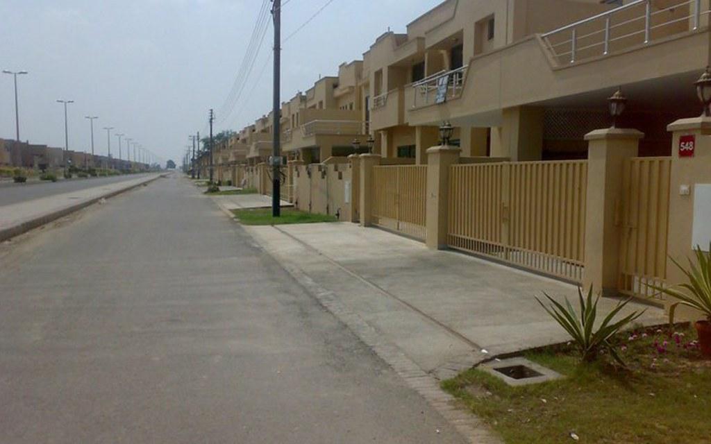 Houses for sale in Askari 10