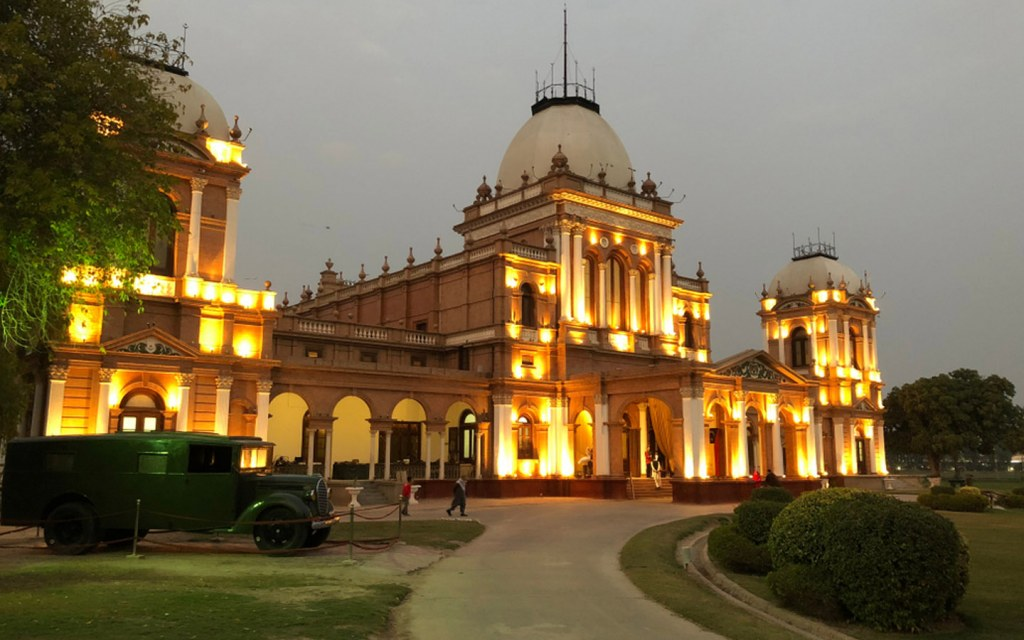 Noor Mahal in Bahawalpur