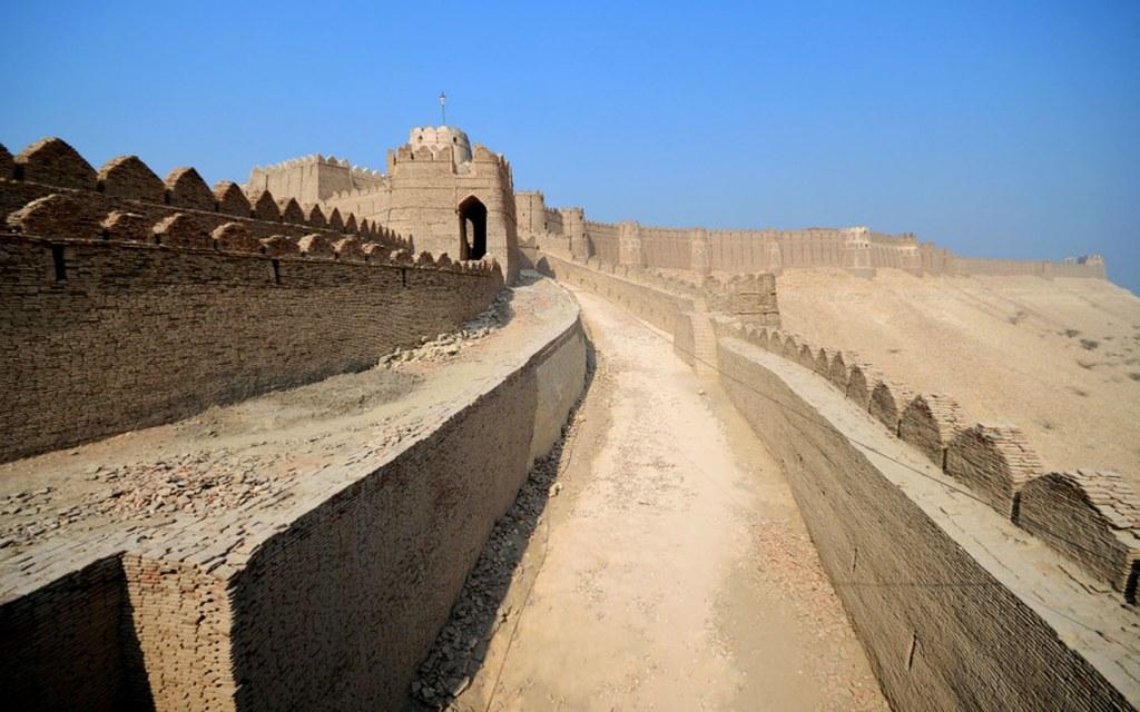 Kot Diji Fort crowns the city of Khairpur