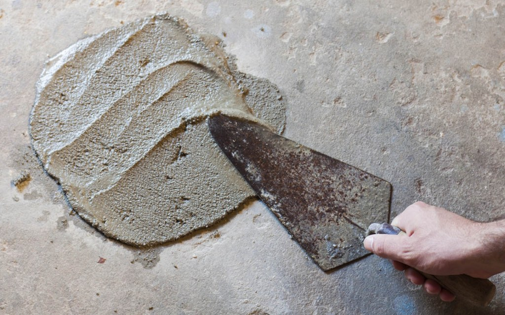 how to repair large cracks in concrete