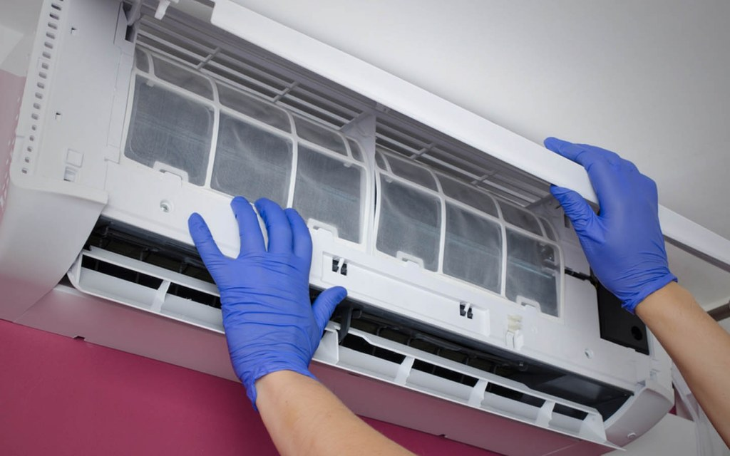 how much electricity does an inverter air conditioner use
