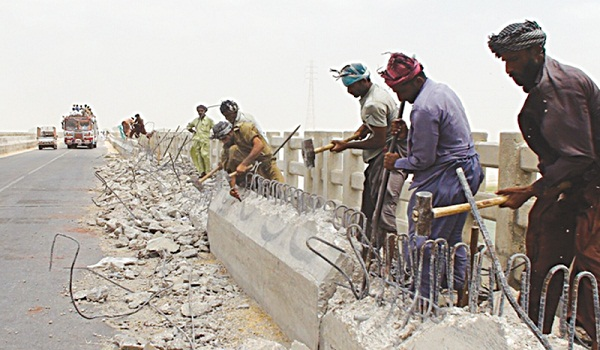 Repair work on the overpass